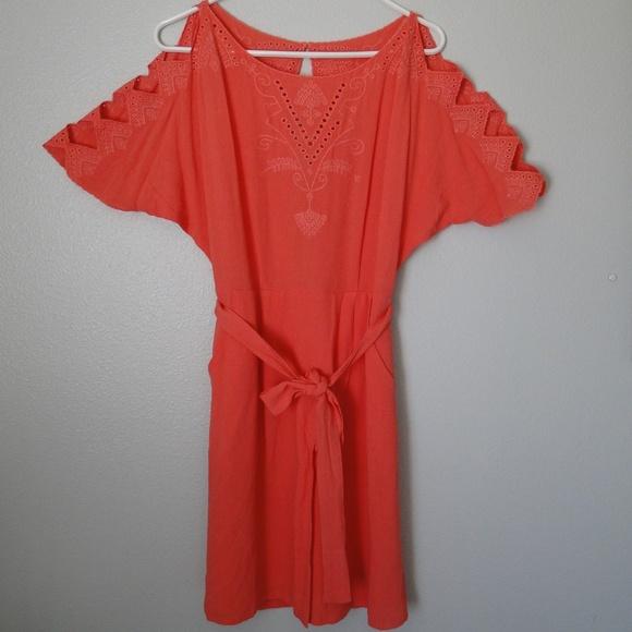 Esley Dresses & Skirts - NWT Esley Cold-Shoulder Coral Shift Dress, SZ S.